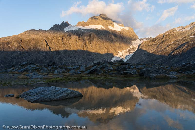 image of Mt Hooker sunrise