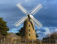 AUSTRALIA, Tasmania, Oatlands. Callington Mill, built 1837, restored & operational, producing its own flour.